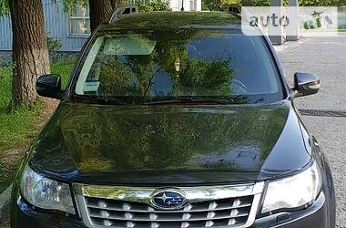 Subaru Forester 2011 в Каневе
