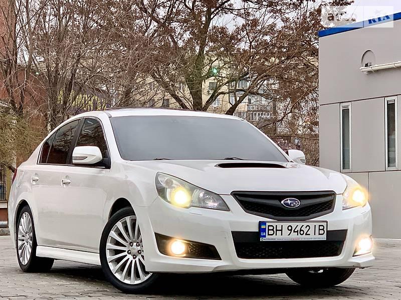 Subaru Legacy 2011 года в Одессе