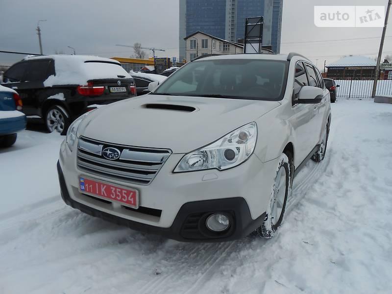 Subaru Outback 2013 года
