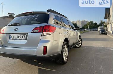 Универсал Subaru Outback 2012 в Киеве