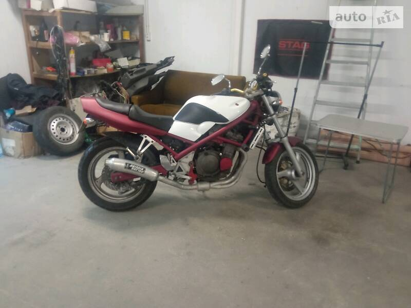 Мотоцикл Без обтікачів (Naked bike) Suzuki Bandit GSF 250 2001 в Львові