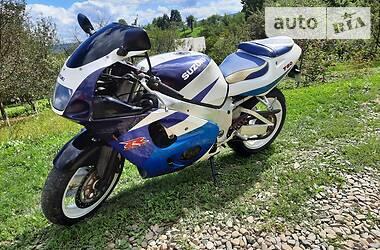Спортбайк Suzuki GSX R 750 2000 в Косові