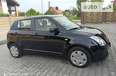 Suzuki Swift 2009 в Луцке