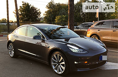 Tesla Model 3 Dual Motor Long Range 2018 в Харькове