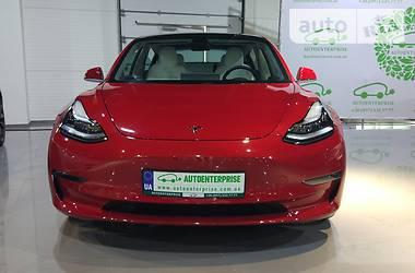 Tesla Model 3 Dual Motor Performance 2018 в Киеве