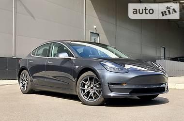 Tesla Model 3 Long Range 2018 в Киеве