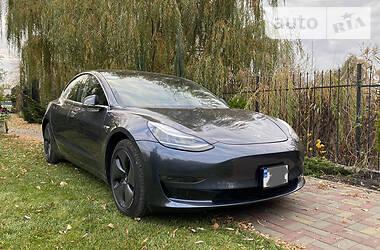 Tesla Model 3 2019 в Днепре