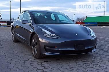 Седан Tesla Model 3 2019 в Стрые