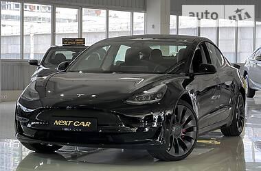 Седан Tesla Model 3 2021 в Києві