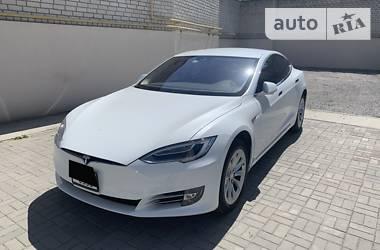 Tesla Model S 75D 2016 в Запорожье