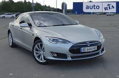Tesla Model S 85 2014 в Днепре