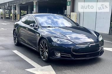 Tesla Model S P85D 2015 в Киеве