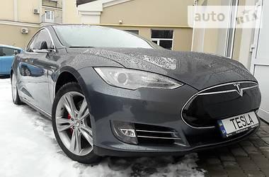 Tesla Model S 2013 в Киеве