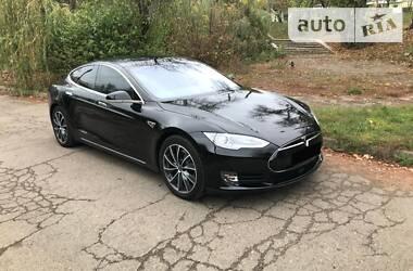 Tesla Model S 2015 в Коломые