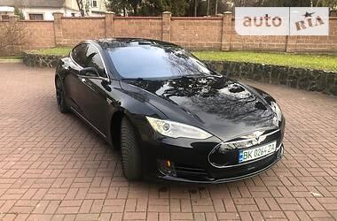 Другой Tesla Model S 2015 в Ровно