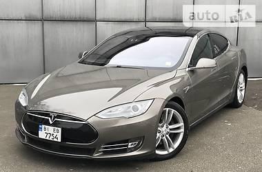 Tesla Model S 2015 в Киеве