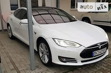 Хэтчбек Tesla Model S 2014 в Львове