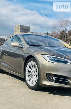 Tesla Model S 2016 в Харкові