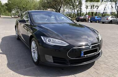Хэтчбек Tesla Model S 2013 в Киеве