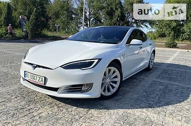 Хэтчбек Tesla Model S 2019 в Киеве