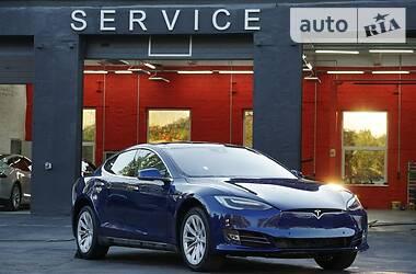 Унiверсал Tesla Model S 2015 в Києві