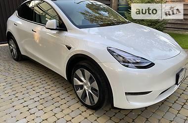 Лифтбек Tesla Model Y 2021 в Киеве
