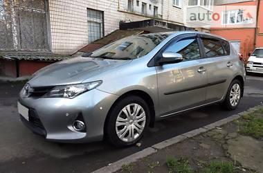 Toyota Auris 2014 в Хмельницком