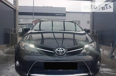Универсал Toyota Auris 2014 в Мукачево