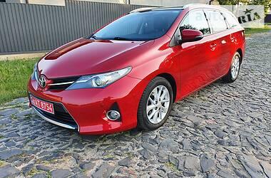 Универсал Toyota Auris 2013 в Луцке