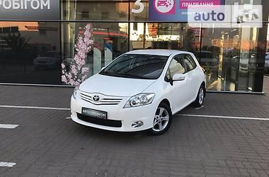 Хэтчбек Toyota Auris 2012 в Киеве