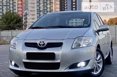 Хэтчбек Toyota Auris 2007 в Черноморске