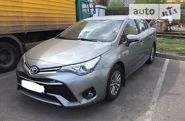 Toyota Avensis 2016 в Києві