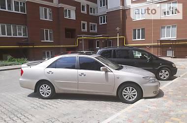 Toyota Camry 2004 в Киеве