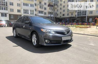 Toyota Camry 2013 в Чернигове