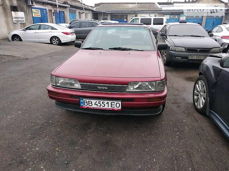 Седан Toyota Camry 1989 в Одесі