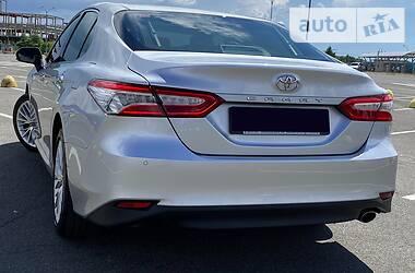 Седан Toyota Camry 2018 в Кривом Роге