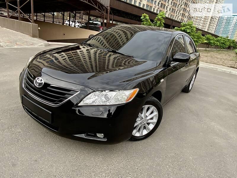 Toyota Camry 3.5 EXLUSIVE