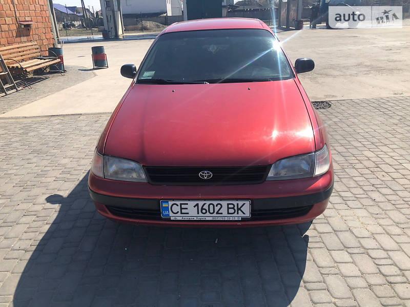 Хетчбек Toyota Carina 1993 в Чернівцях