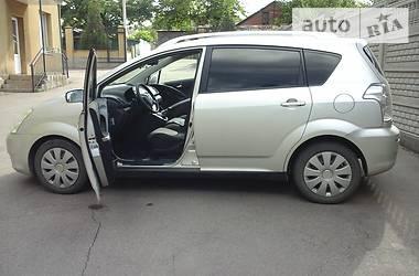 Toyota Corolla Verso 2004 в Макеевке