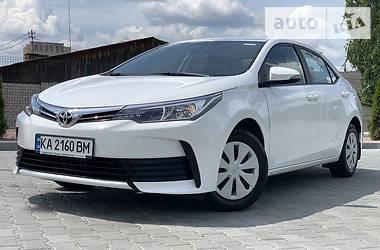 Седан Toyota Corolla 2018 в Виннице
