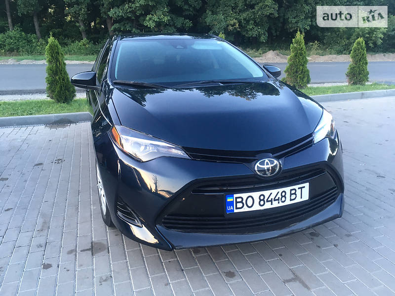 Седан Toyota Corolla 2018 в Тернополе