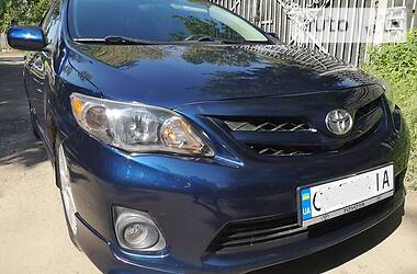 Седан Toyota Corolla 2013 в Києві