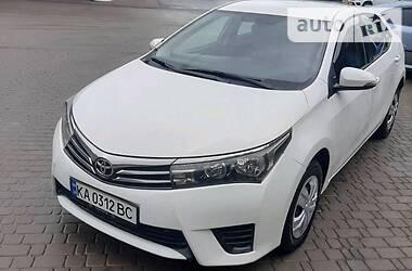 Седан Toyota Corolla 2014 в Киеве