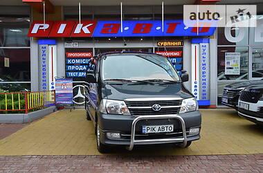 Toyota Hiace пасс. 2011 в Львове