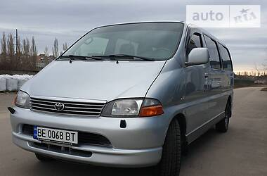 Toyota Hiace пасс. 2002 в Николаеве