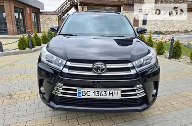 Toyota Highlander 2016 в Львове