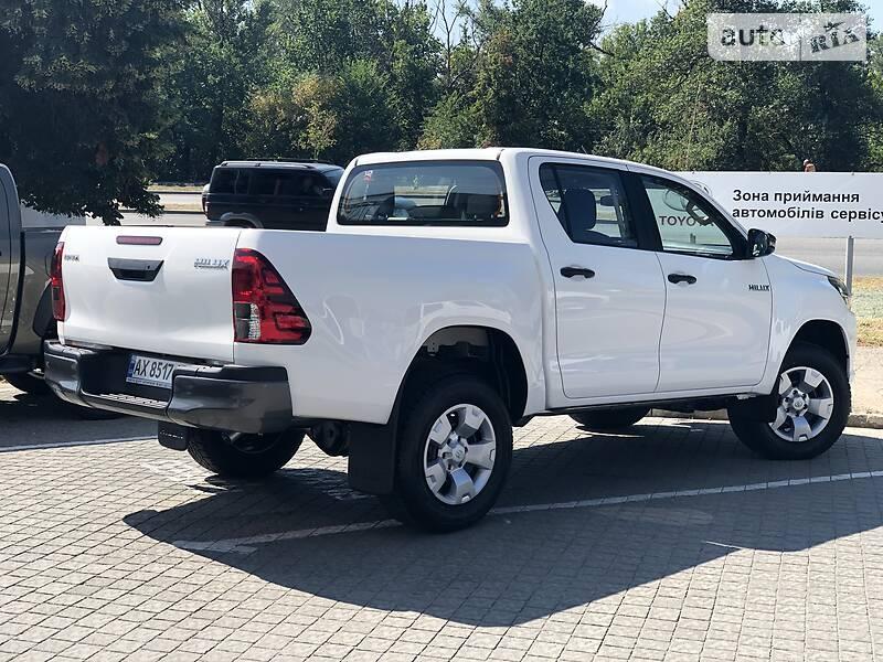 Toyota Hilux NEW 2019