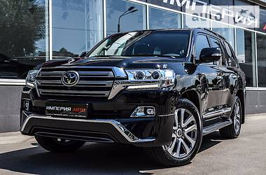 Toyota Land Cruiser 200 2018 в Киеве