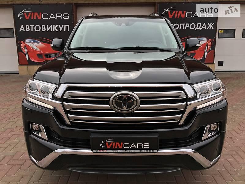 Toyota Land Cruiser 2016 года