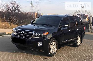 Toyota Land Cruiser 200 2014 в Черновцах